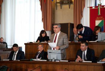 Inchieste Regione: D'Alfonso risponde in Consiglio