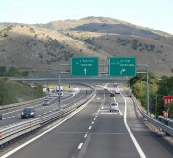 Pedaggi autostrade: verso sconto 20% in favore degli utenti