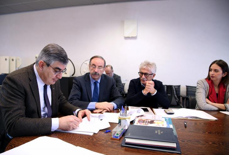 D'Alfonso firma l'accordo di programma