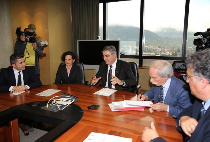 foto dell'incontro per la firma del protocollo