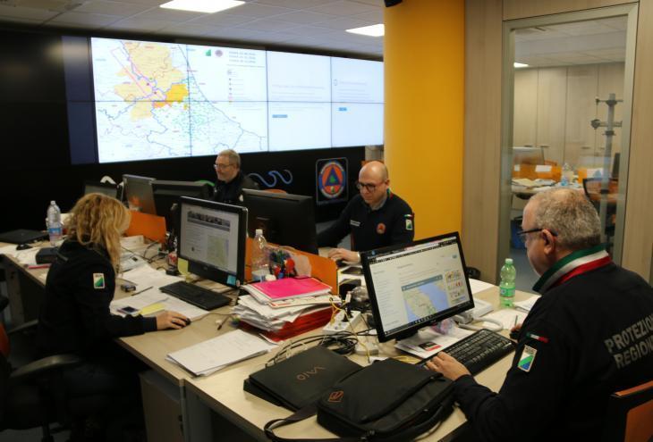 Sala operativa protezione civile abruzzo