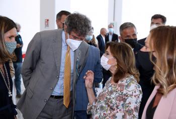 Covid: Marsilio con Presidente Senato visita hub vaccinale di Pescara