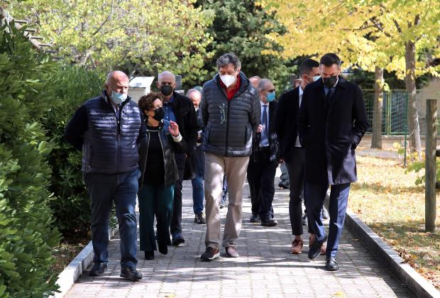 Scuola: Marsilio in visita all'Istituto Agrario di Alanno