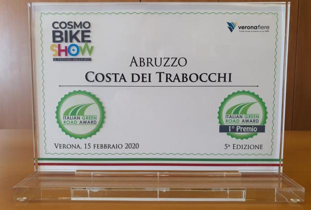 La Regione Abruzzo si aggiudica a Verona l'Italian Green Award, oscar del cicloturismo